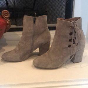 Steve Madden Shoes - Steve Madden grey booties